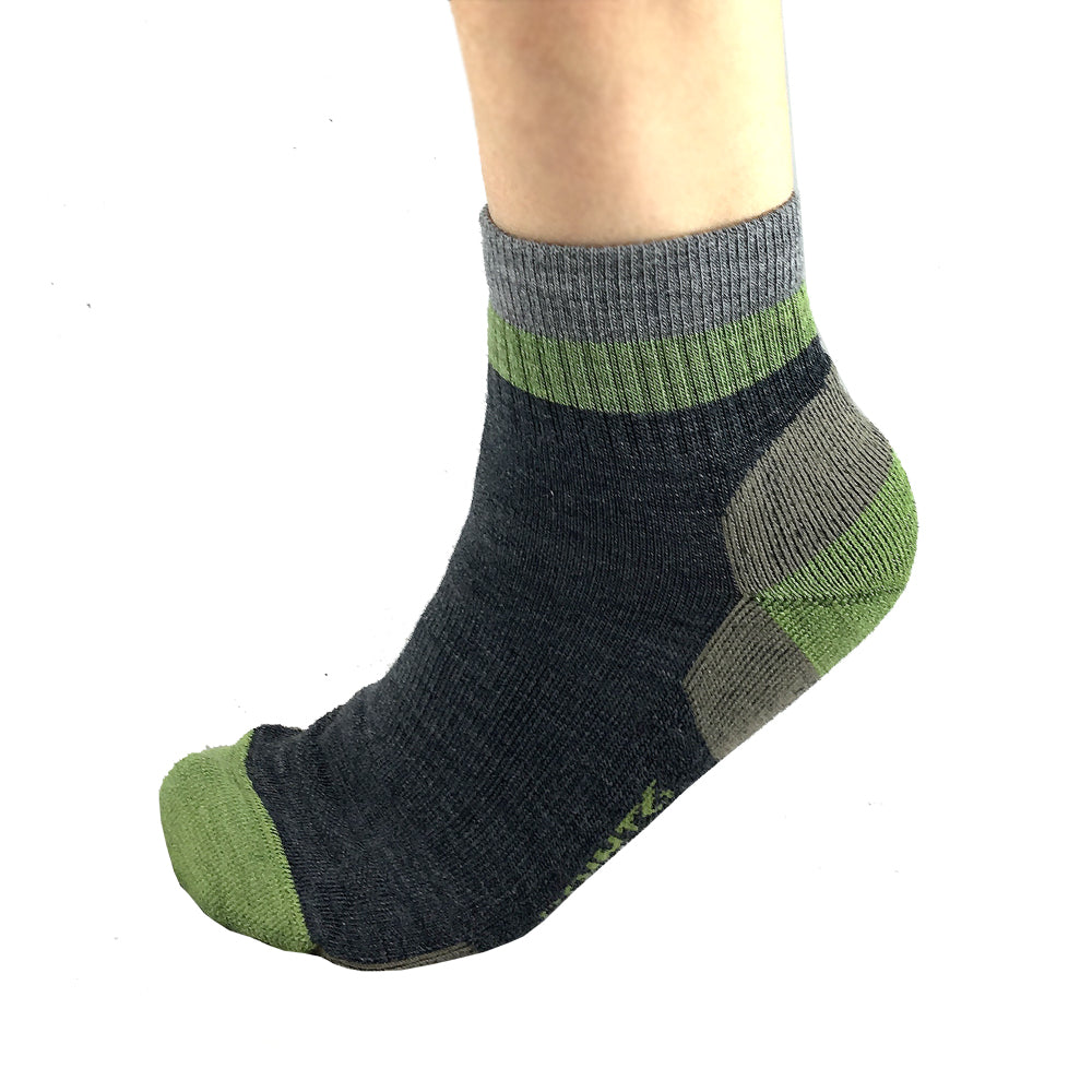 Hiking Block Stripe Light Mini Crew Socks