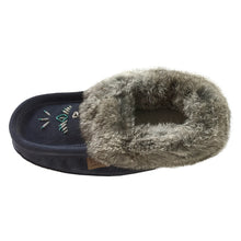 Native Real Fur Moccasins Women\u2019s Size 8 Hand Sewn Liner and Trim