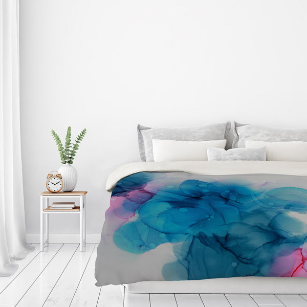 Waiting In The Wings Ii by Emma Thomas Duvet Cover