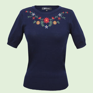 Kinny & Howie Navy Blue Floral Emboidered Pullover Fitted Short Sleeve Sweater