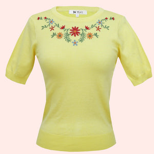 Kinny & Howie Yellow Floral Emboidered Pullover Fitted Short Sleeve Sweater