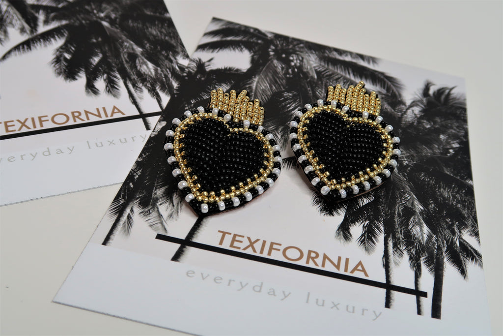 QUEEN OF HEARTS STUDS- BLACK