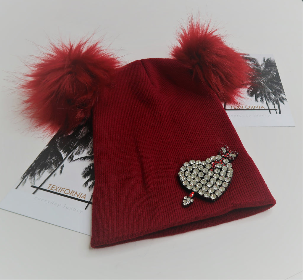 LOVE STRUCK POM POM HAT