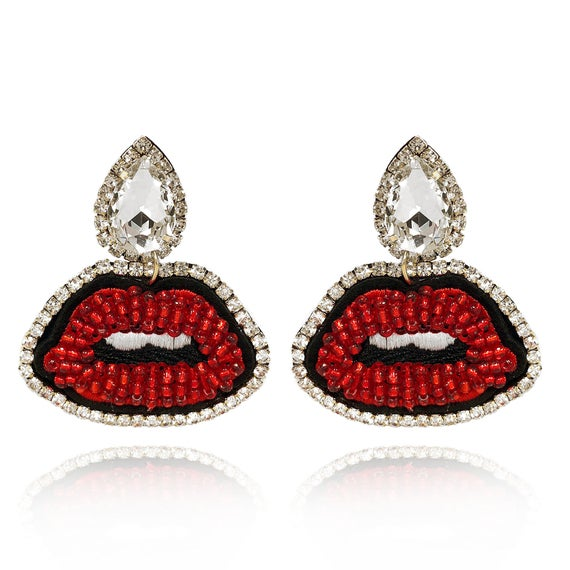 LIP DRIP CRYSTAL EARRINGS
