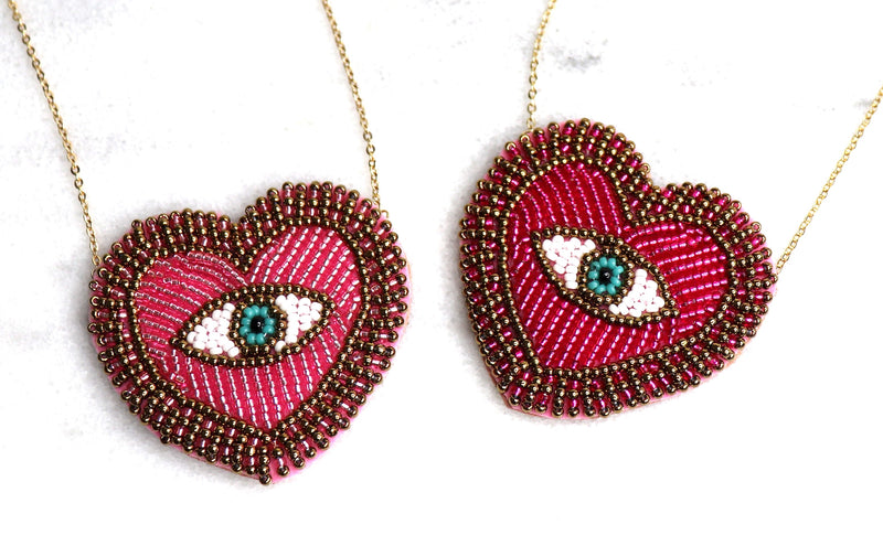 MALIBU THIS HEARTS FOR YOU STATEMENT NECKLACE