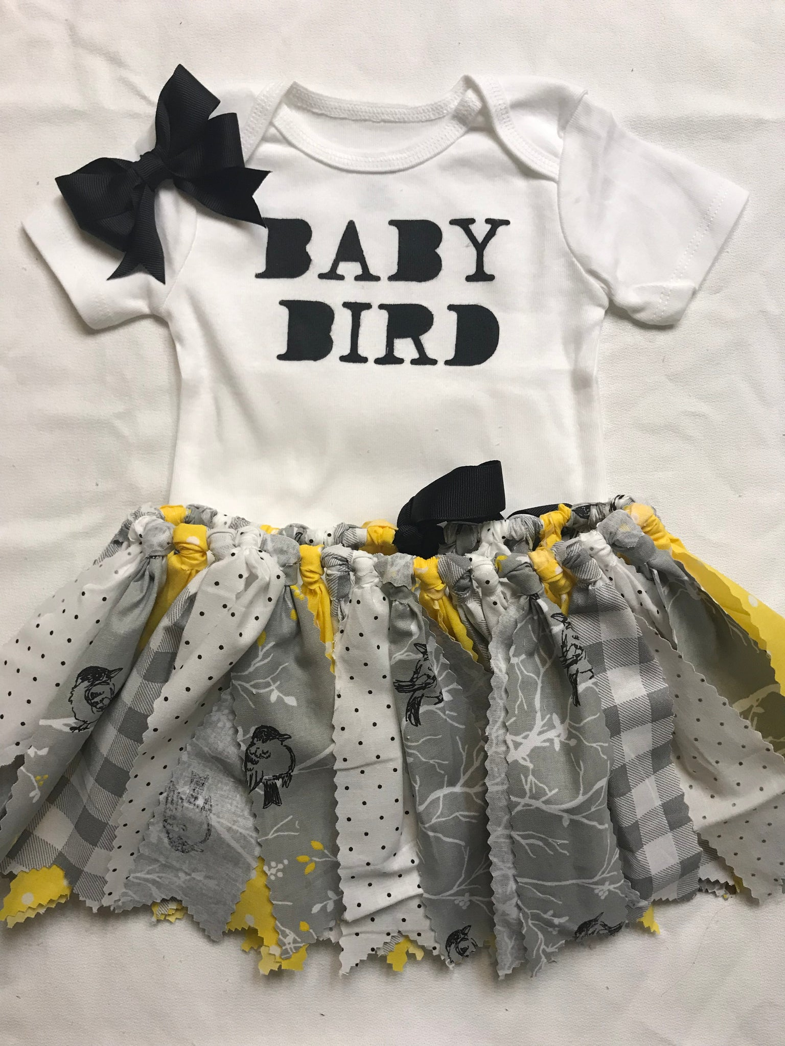 Baby bird outfit