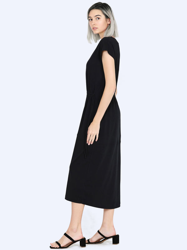Vince Popover V Neck Tiered Dress In Black