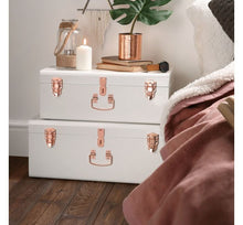 Load image into Gallery viewer, Set of 2 Storage Trunks - Cream