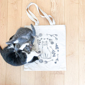 "CONSIDERATE CAT ""Dreaming of Flowers"" Canvas Book Bag"
