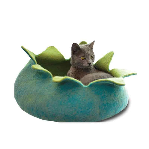 KARMA CAT Felted Wool Petal Bed 20