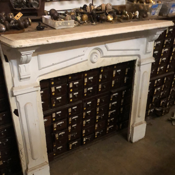 Painted Fireplace Mantel (oval centerpiece)