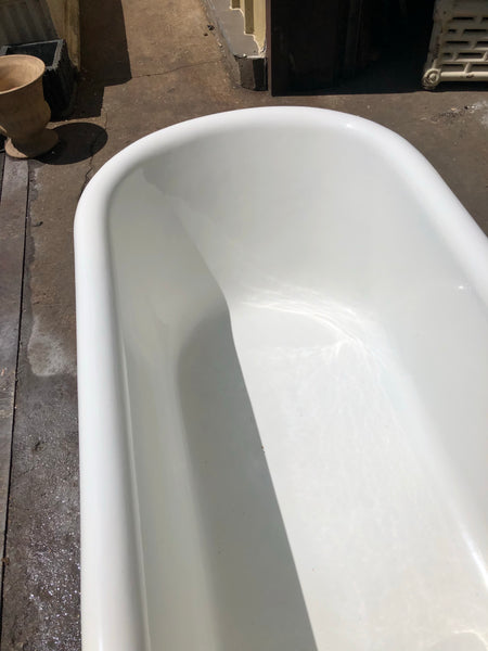 Super clean 1930 Baltimore built Claw foot Bathtub