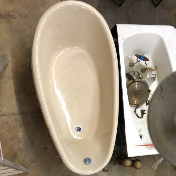 "Kohler ""birthday bath"" unique size soaking tub"