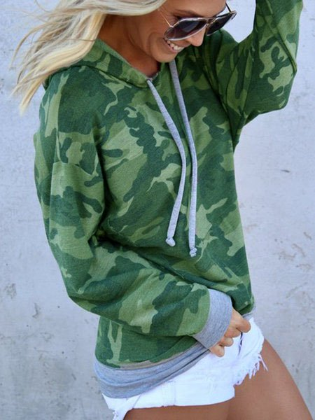 Loose Fit Camouflaged Print Women Pullover Hoodies