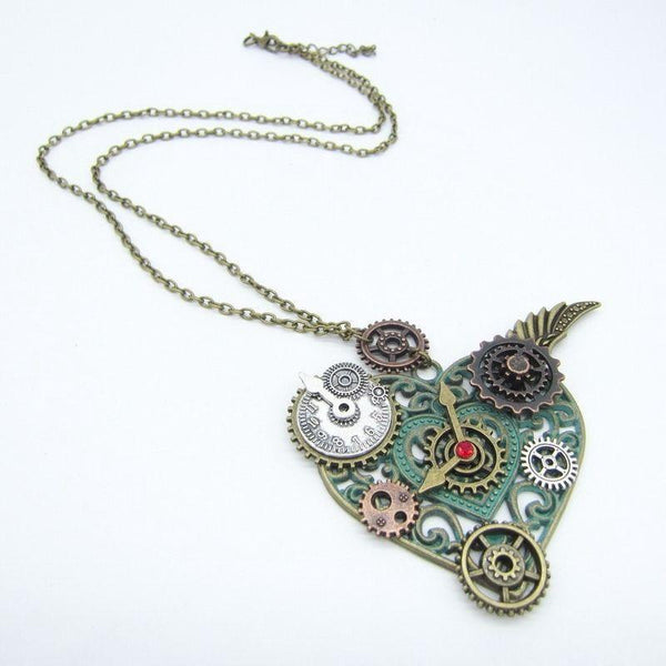 Collier steampunk coeur