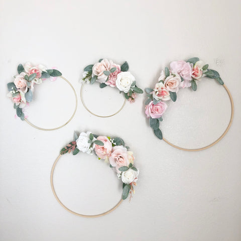 Hoop Wreath Name Sign