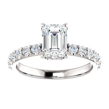 Emerald Claw Set Style Engagement Ring - I Heart Moissanites