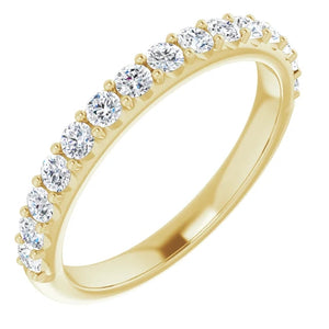 Special Set with 1.50ct Oval Solitaire & Moissanite Band