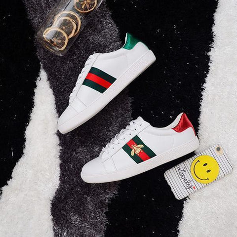 Fashionable Embroidery Geometric Sneakers