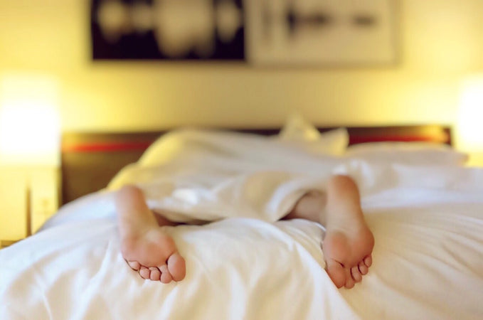 Here is Why Research Says Couples Should Not Sleep Together