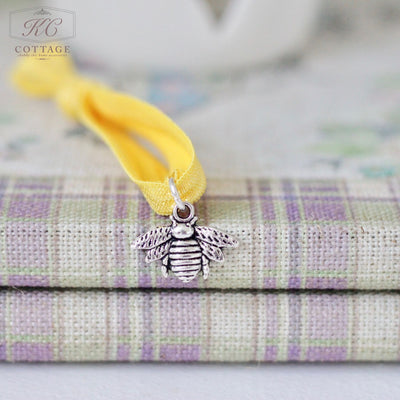 Happy Bee Charm Bracelet
