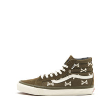 Load image into Gallery viewer, Sk8-Hi WTAPS </br> Olive Crossbones