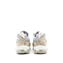 Load image into Gallery viewer, Air Max 98 </br> Supreme Snakeskin