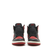Load image into Gallery viewer, Jordan 1 Retro High </br> black/red