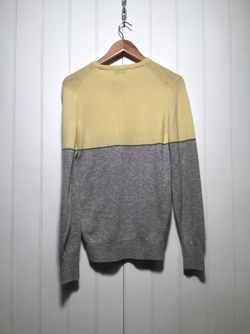 Burberry Lambswool Formal Knitwear (Size M)