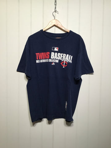 Twins Basketball MLB Branded T (Size XL)
