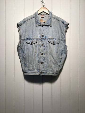 Guess Sleeveless Denim Jacket (Size L)