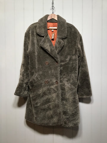 Jones New York Teddy Bear Coat (Size M/L)