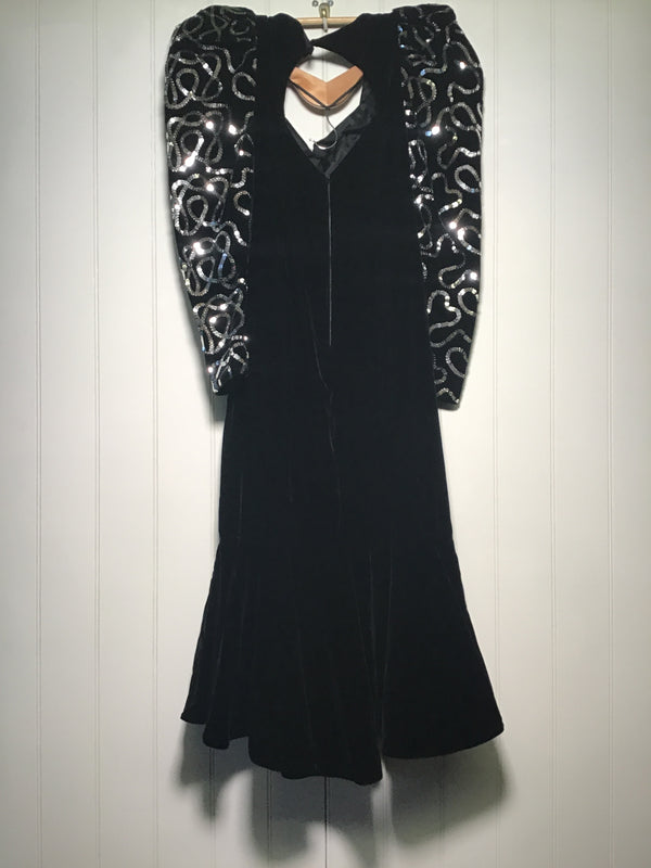 Dave & Johnny Evening Dress (Size M)