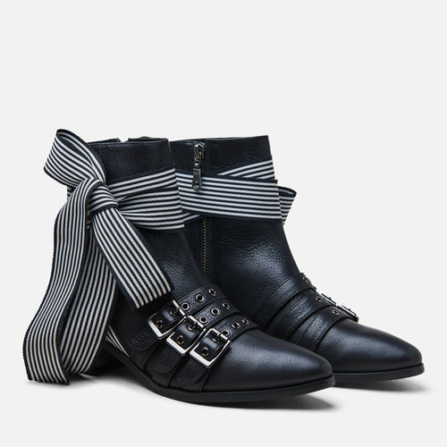RICHARDS WRAP BOOT
