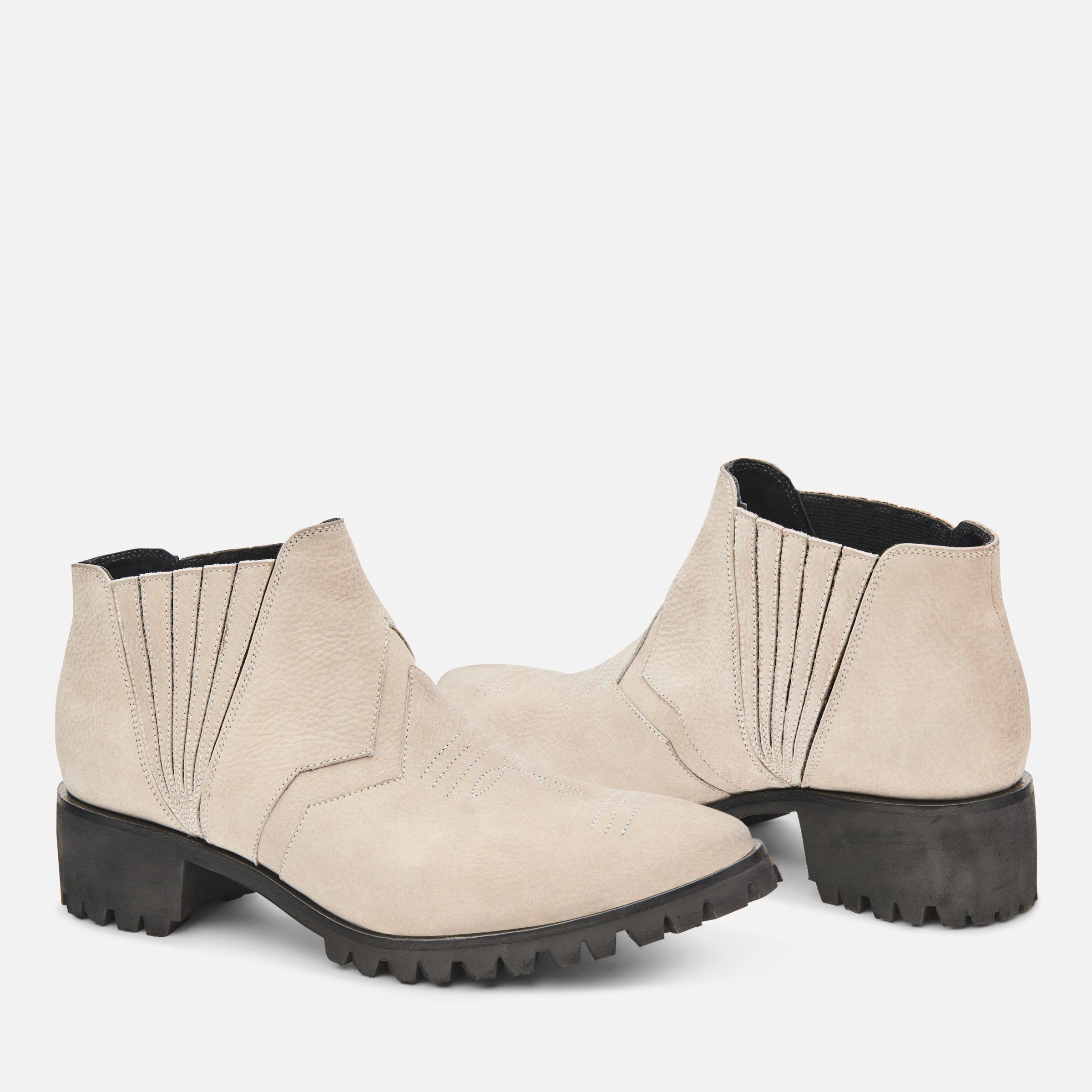 DOLLY BOOTIE W/ BHBR LUG SOLE