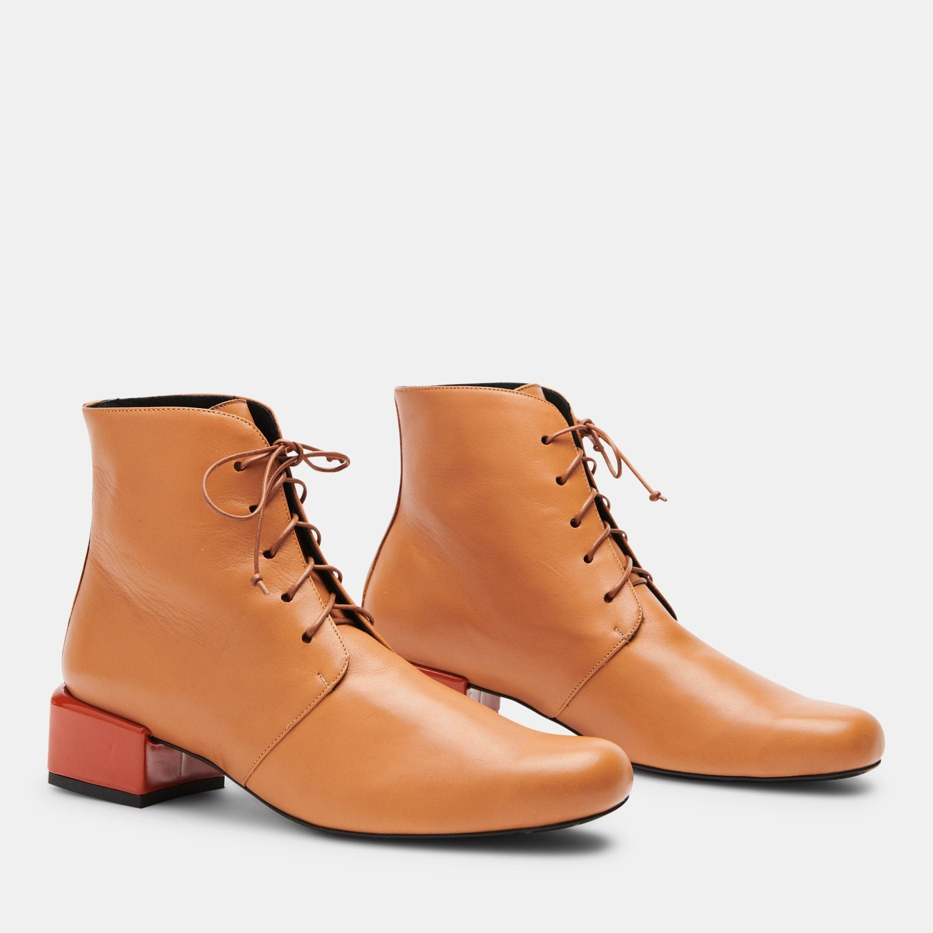 BOWIE DESERT LACE-UP