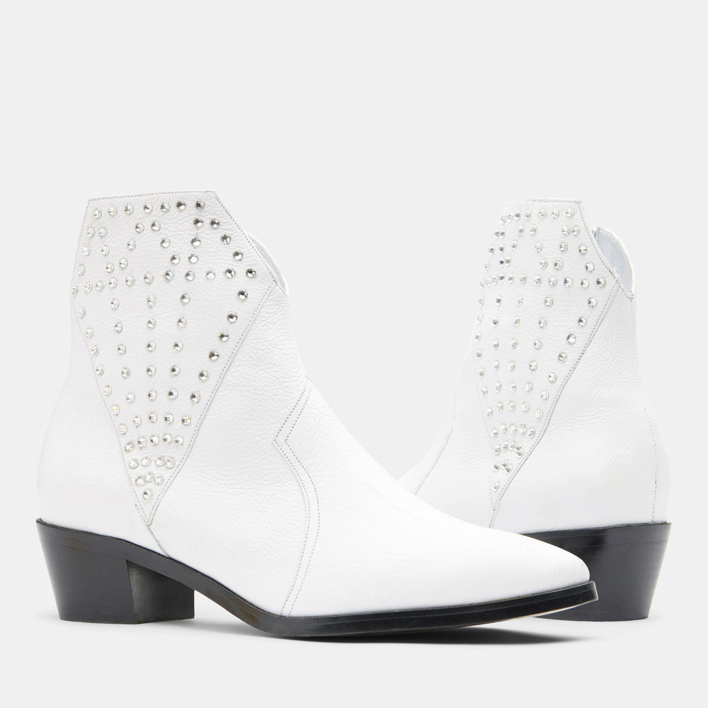 DIAMOND BOOTIE