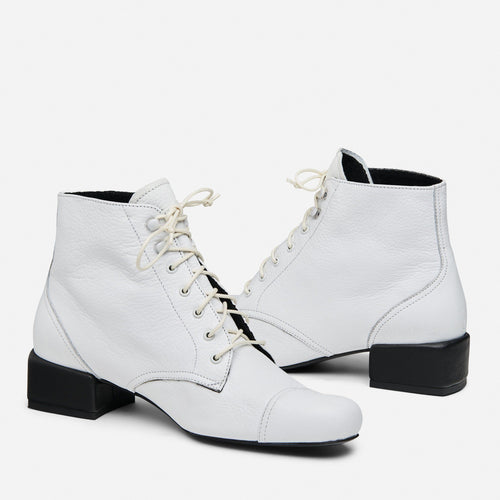 BOWIE LACE-UP