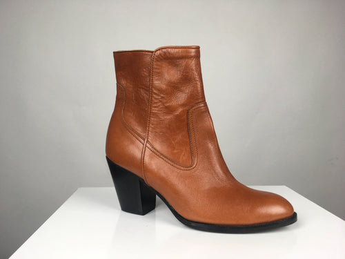 CHESTNUT LEATHER BOOTIE