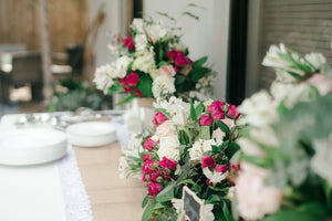 Which Artificial Flowers Are Best For A Traditional Wedding?
