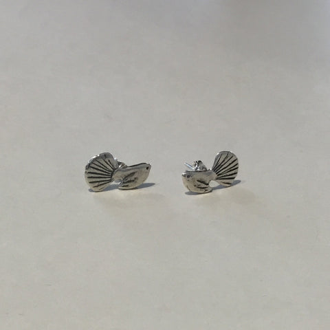 Fantail Studs