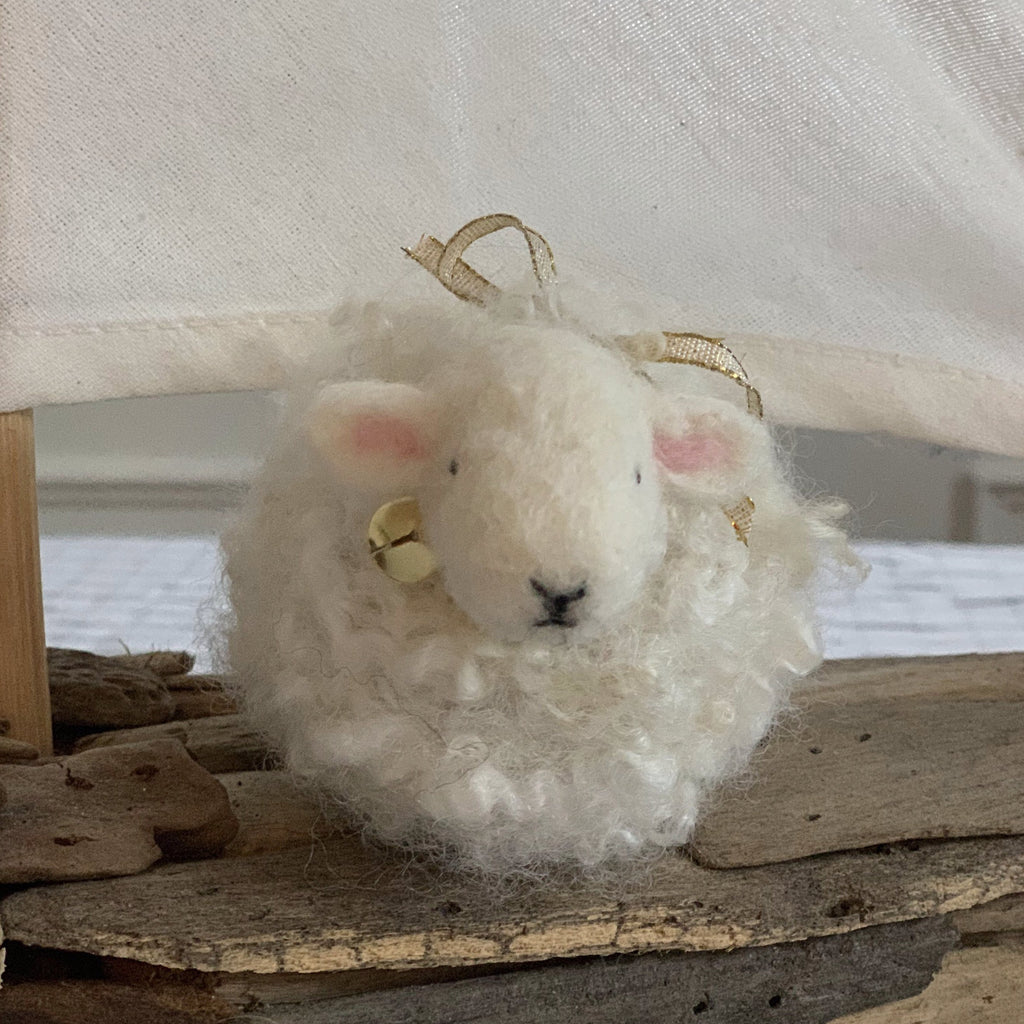 Needle Felted Lamb with Jennifer McCarthy (2/15)