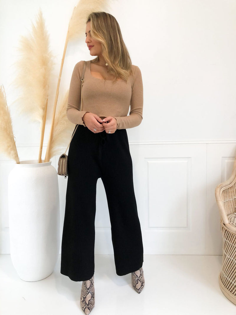 Ascend Wide Leg Pant - Black