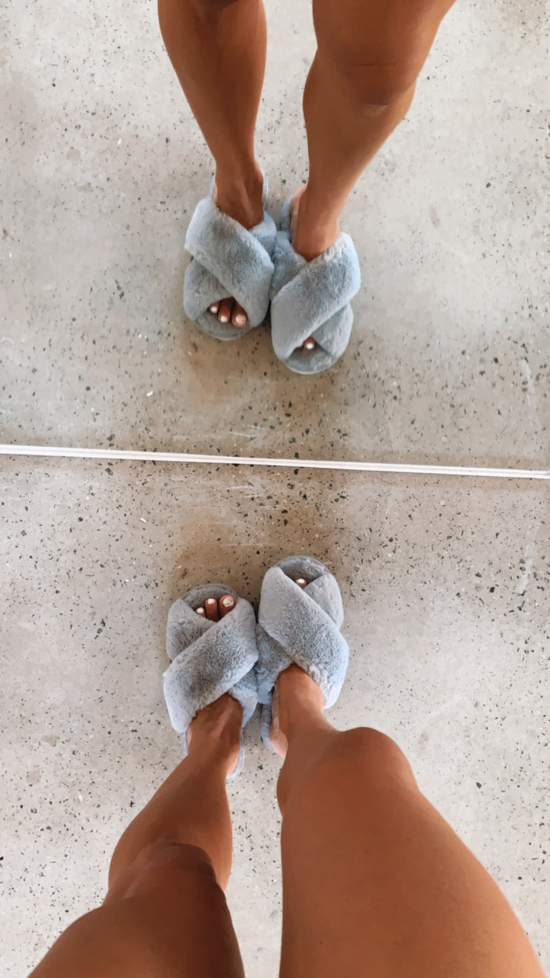 Skylar Fluffy Slippers - Grey RESTOCKING SOON