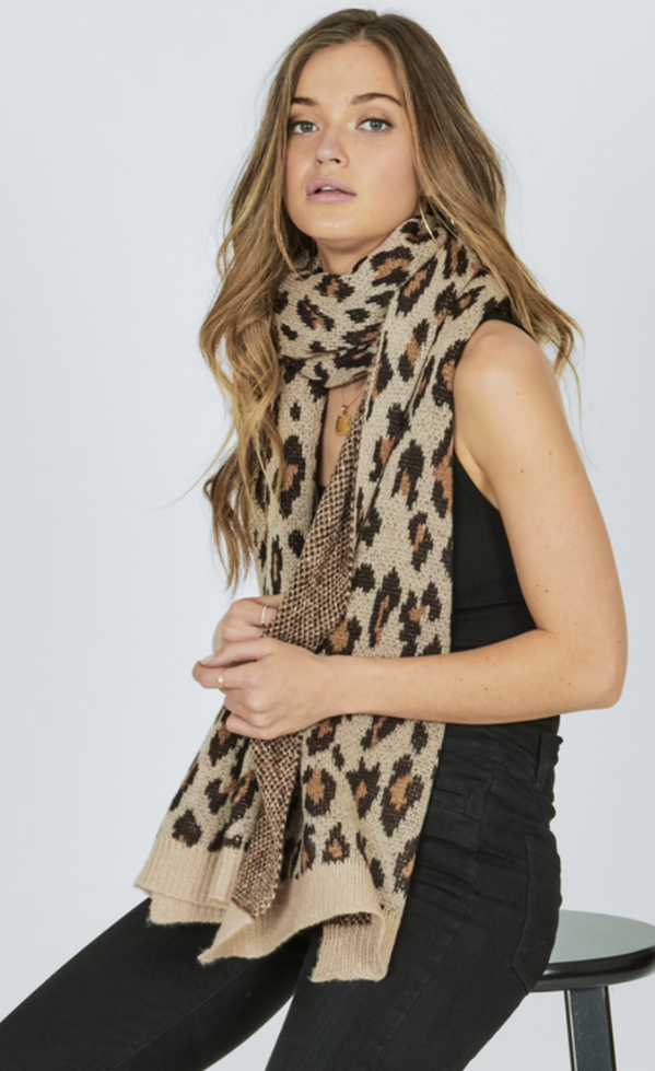 GETTING COZY SCARF