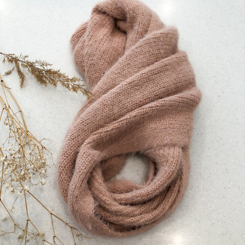 Sierra Snood - baby pink