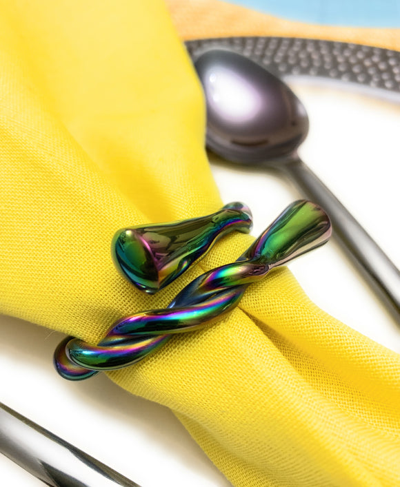 Vibhsa - Twisted Napkin Rings Set of 4 (Multicolor)