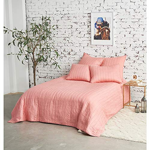 1 Piece Modern Pink Quilts King Size, All Season Beautiful Textured Hand Quilted Channel Stitch Reversible Soft Bedding Set, Sophisticated Plush Contemporary Glam Mid-Century Lightweight Bed Decor