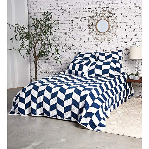 1 Piece King All Seasons Glam Mid-Century Herringbone Pattern American Patchwork Quilt, Modern & Contemporary Large Scale Design Reversible Soft Bedding, Traditional Colorful White Indigo Blue Quilt