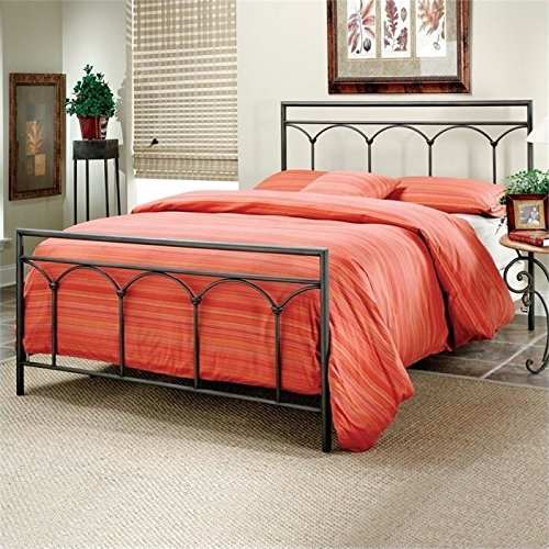 BOWERY HILL Queen Metal Spindle Bed in Brown Steel